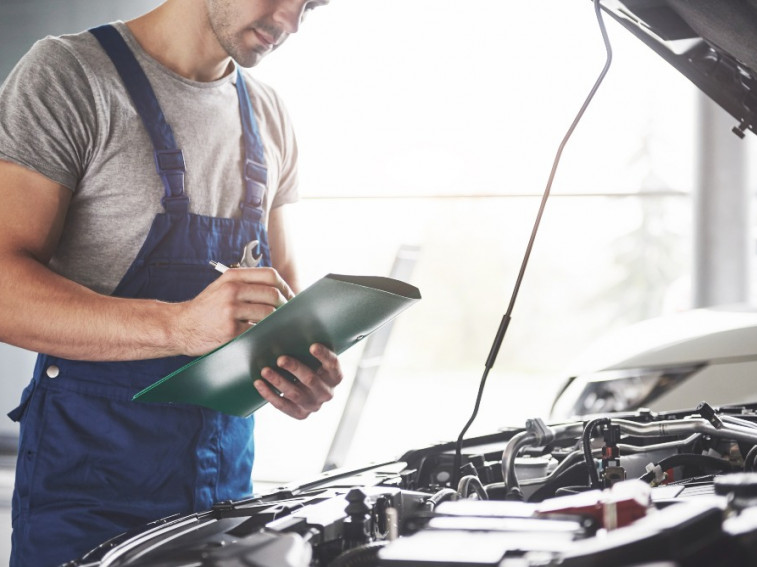 What's involved in an MOT ?
