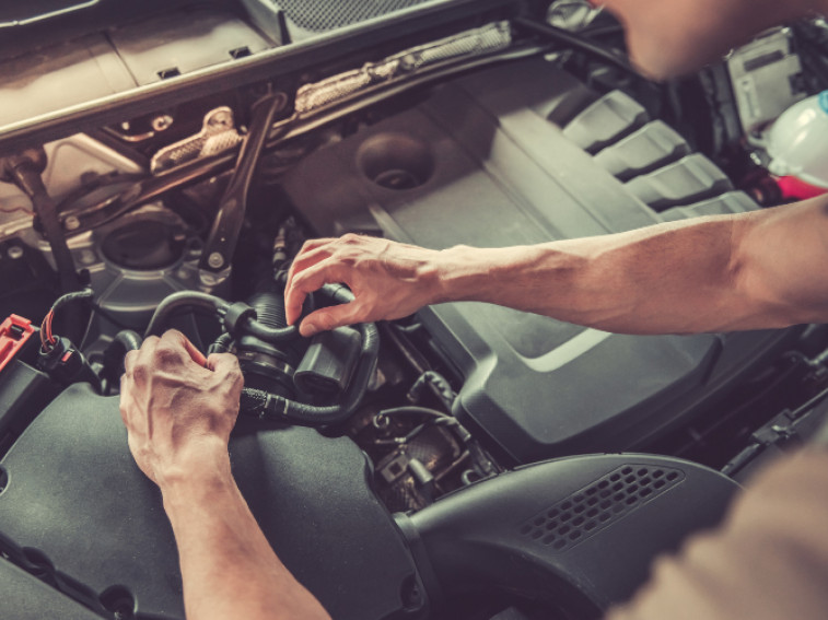 Essential tools you need to repair salvage cars