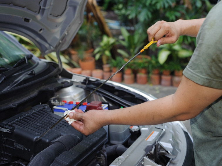 How to maintain your car when it's off the road
