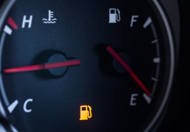 Here's why you shouldn't drive around with your fuel light on