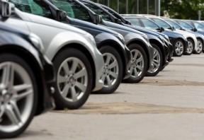 What is a no reserve car auction?