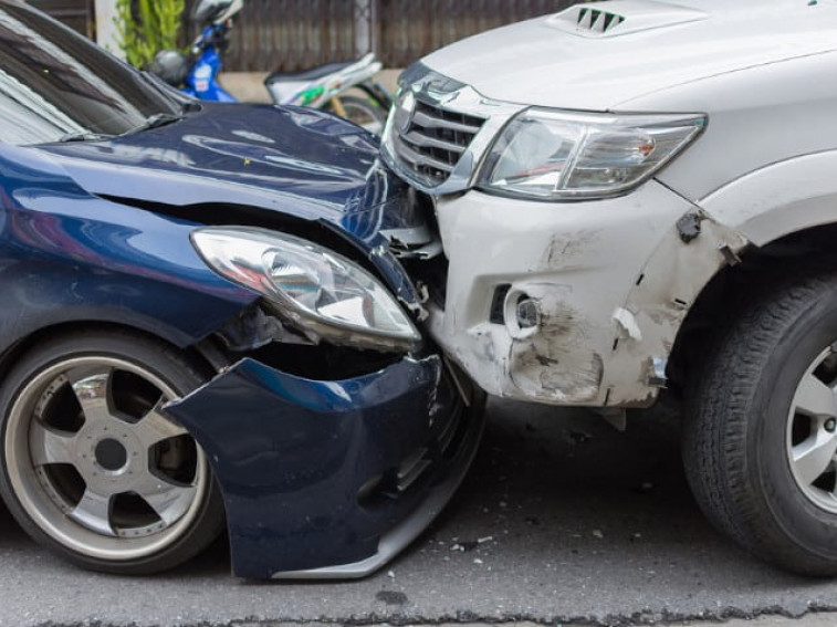 Secondhand Cars: Is it Worth Considering Crash Damaged Ones?