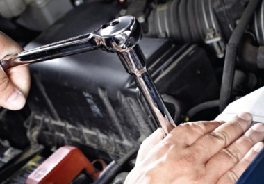 Risky used car repairs that you should never attempt yourself