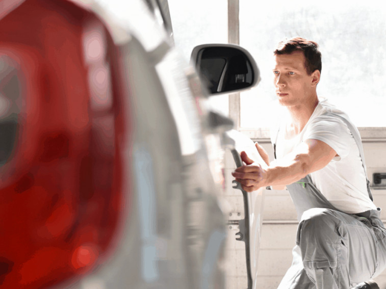 The easiest types of accident damage to repair on salvage cars