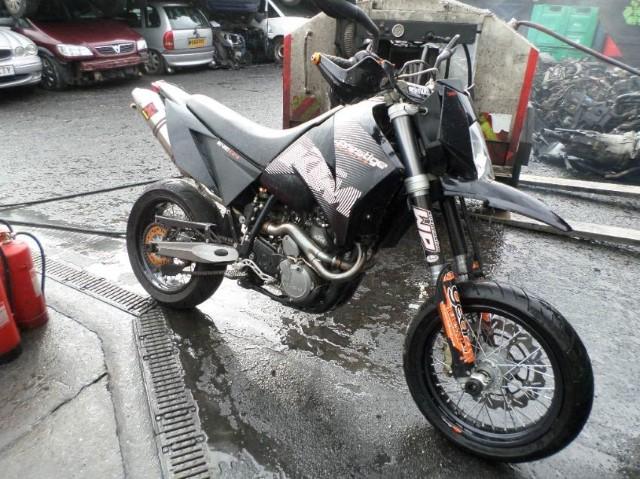 2004 KTM DUKE 2
