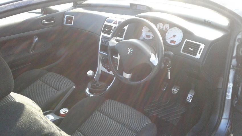 2004 PEUGEOT 307