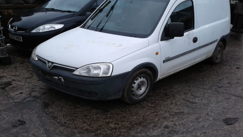 2001 VAUXHALL COMBO