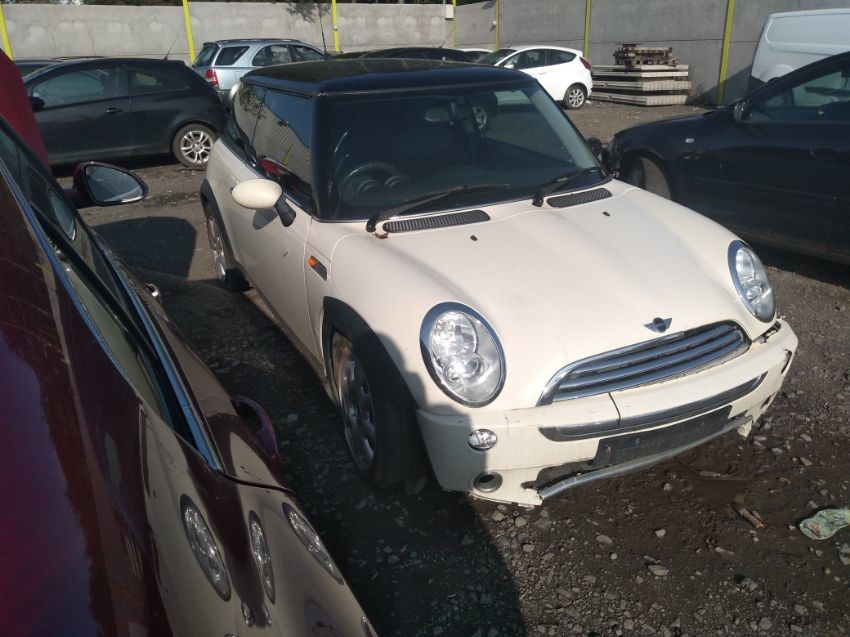 2005 MINI HATCH