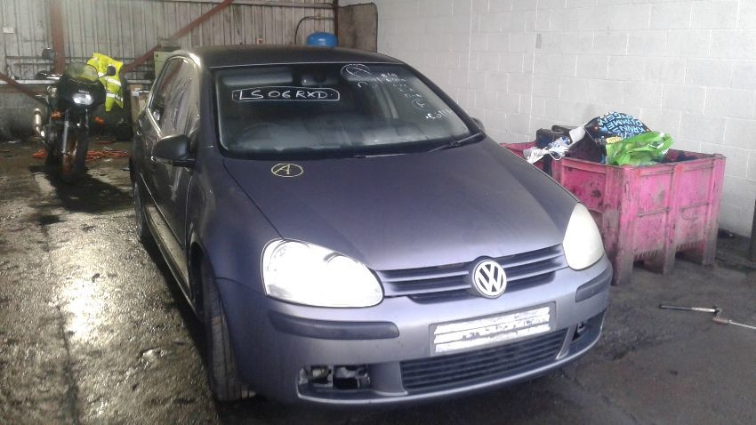 2006 VOLKSWAGEN GOLF