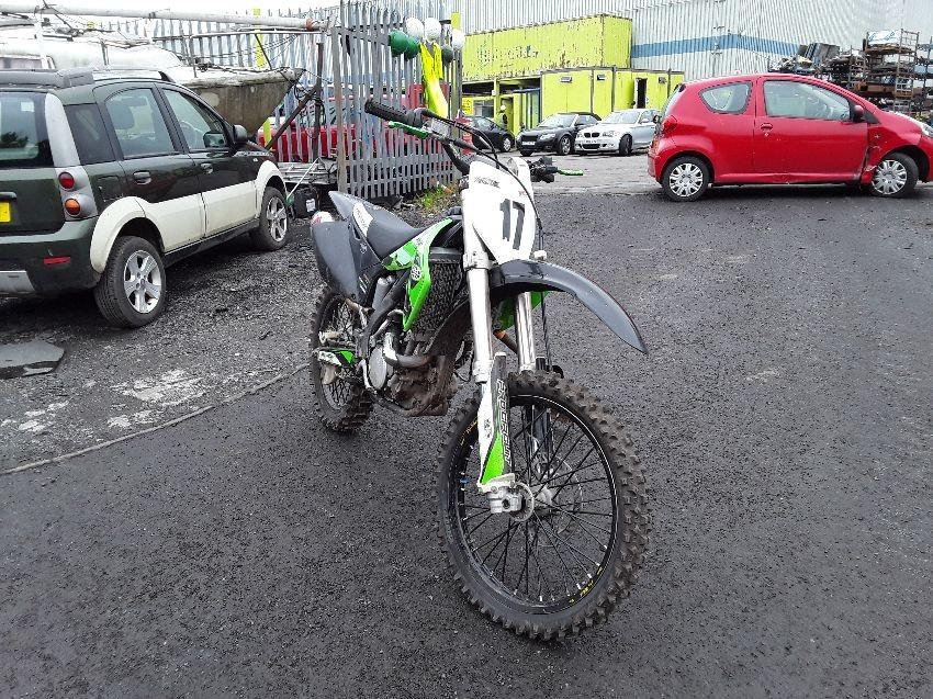 MOTORCYCLE TUSK