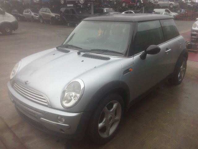 2003 MINI HATCH