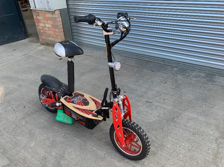 MOTORCYCLE ELECTRIC SCOOTER