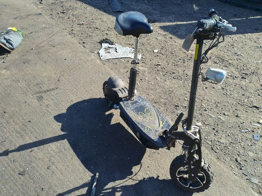 ELECTRIC SCOOTER SCOOTER