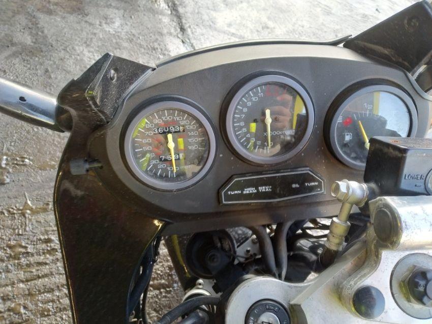 1990 SUZUKI GSX 600 F