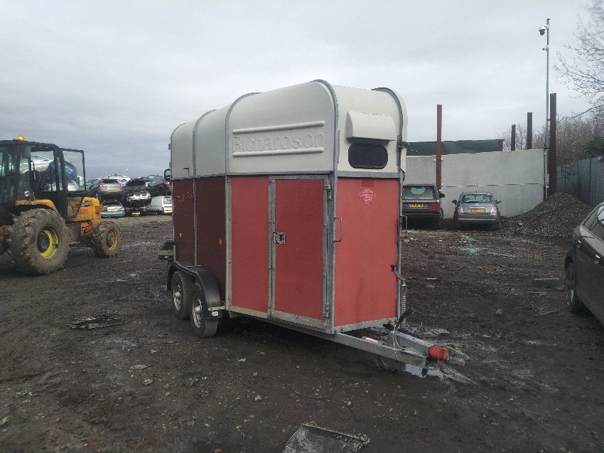 Unknown HORSE BOX