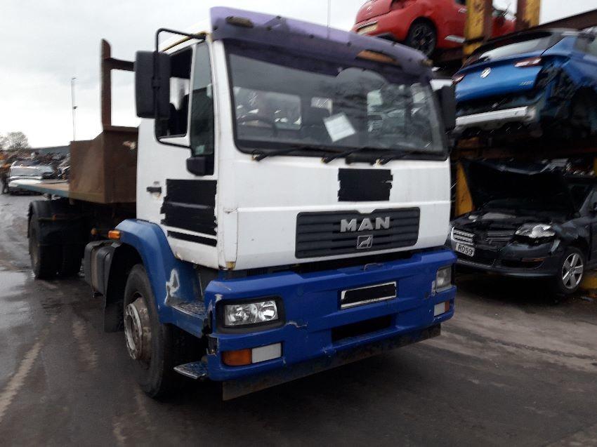 2003 MAN M2000