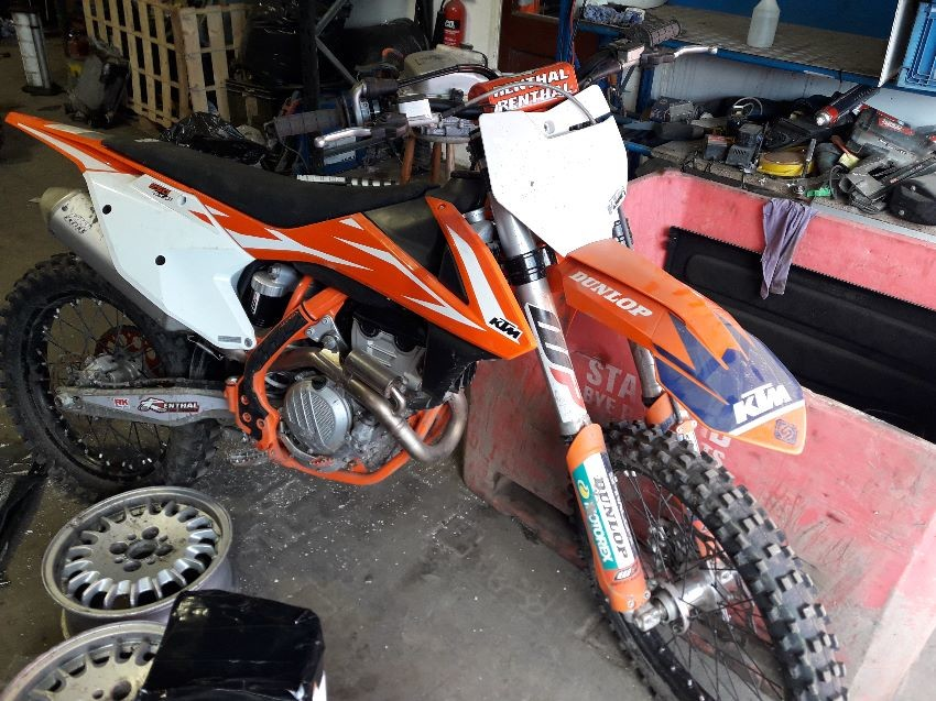 KTM MOTORCYCLE
