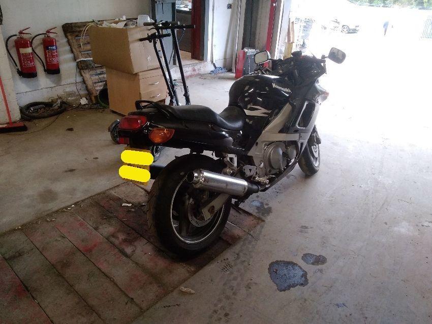1995 KAWASAKI MOTORCYCLE