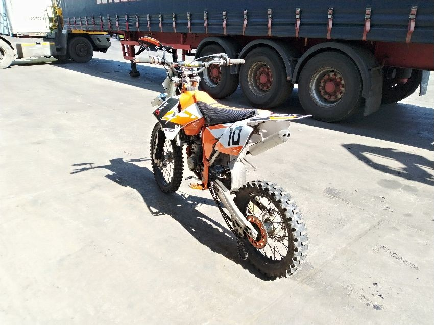 Used KAWASAKI KX220 for sale at online auction | RAW2K