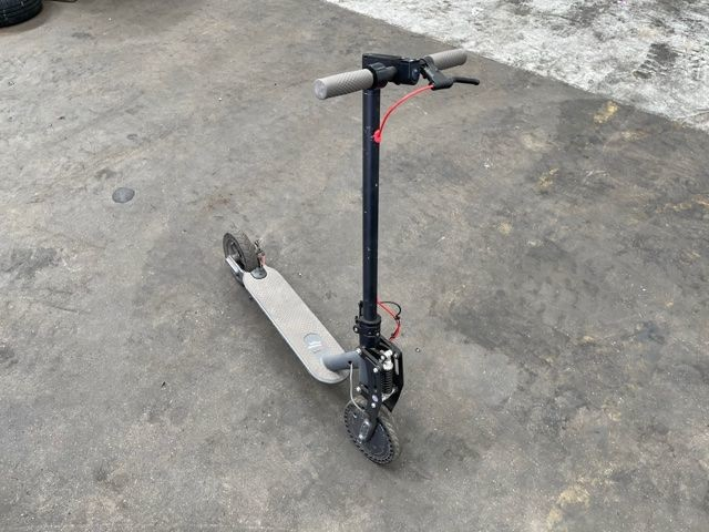 N/K E SCOOTER