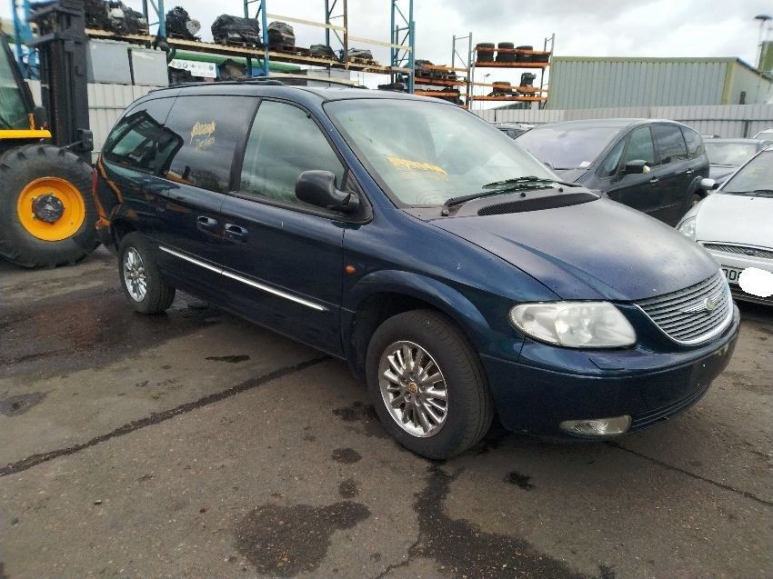 2002 CHRYSLER GRAND VOYAGER