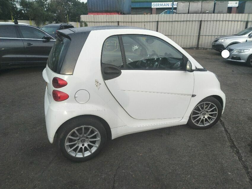 2011 SMART FORTWO COUPE